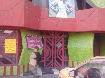 Renta Local Comercial 2 Niveles Junto M Muzquiz Av. Hank
