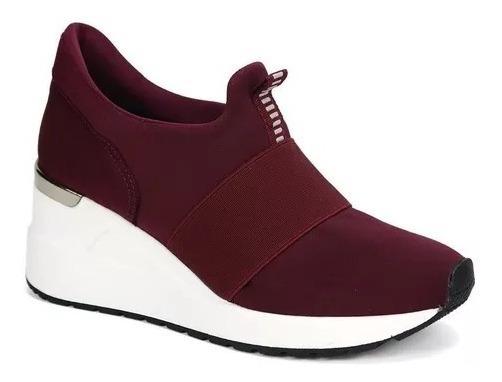 Tênis Feminino Sneaker Bordo/preto Via Marte 12309