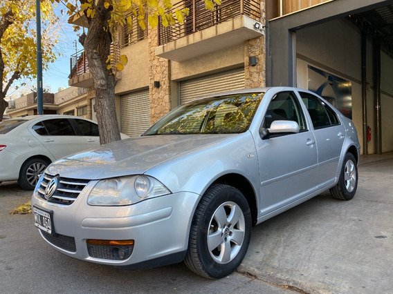 Volkswagen Bora 2.0 Impecable