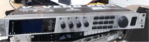 Behringer V-verb Pro 24-bit / 96 Khz Rev2496