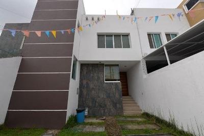 Amplia Casa En Lomas Del Seminario