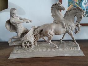 Escultura Em Resina Italiana Representando Soldado Romano