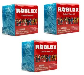 Kit C/ 3 Caixas Misteriosas Roblox Series 3 - 7 Cm Blind Bag
