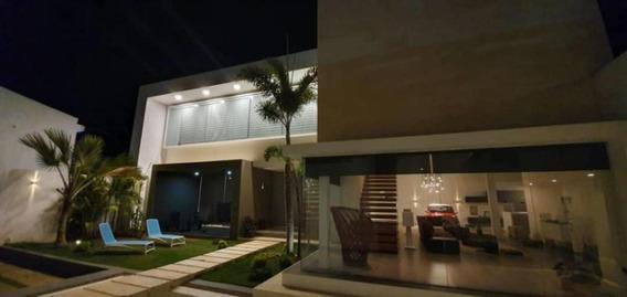 Hermosa Y Lujosa Casa En La Urbanizacion Creole