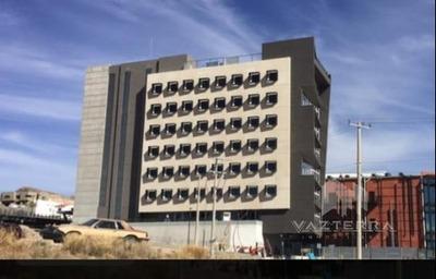 Renta De Piso Completo De Edificio Sobre La Cantera