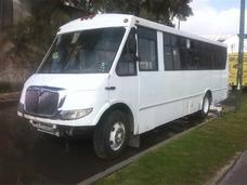 Autobus International Urbano Mediano De 33 Altos En Tela
