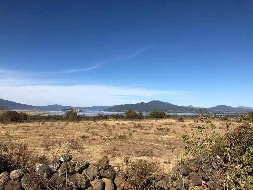 Terreno En Venta En Patzcuaro, Terreno En Venta 4,425 M2 Con Vista A La Laguna De Patzcuaro