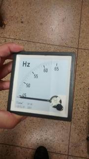 Frecuencimetro 72x72 45/65 Hz