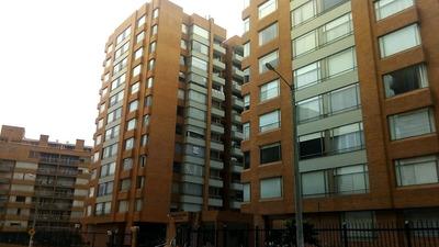 Apartamento En Venta Colina Campestre 642-4075