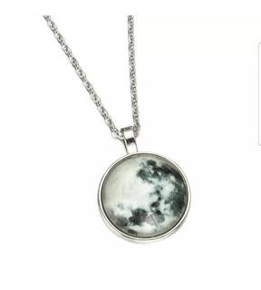 Collar Dije Luna Brilla Absorbe Energia