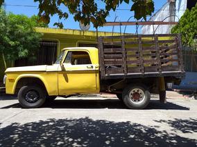 Dodge D100 Camioneta Estacas