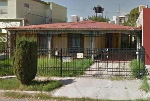 Casa Sola En Venta En Adición Sur Universidad, Chihuahua, Chihuahua