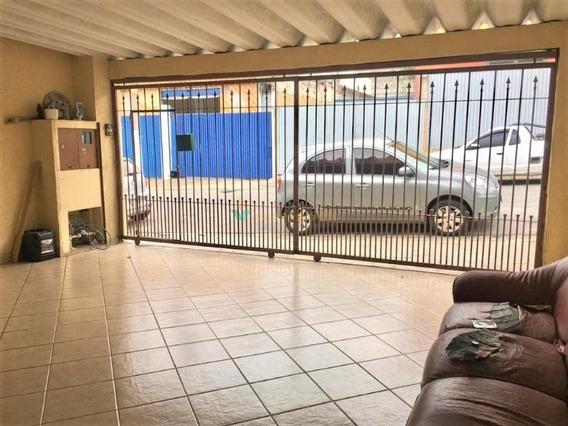 Excelente Casa Térrea Com 4 Dormitórios Em Vila Carmosina - 4344