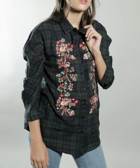 26624245b277 Camisa Mujer Flor Bordada - Ropa y Accesorios en Mercado Libre Argentina