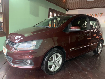 Volkswagen Fox Highline 1.6 16v Msi (flex) 2015