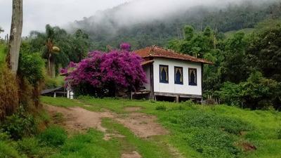 Sitio No Sul De Minas , Em Santa Rita De Jacutinga A Cidade Das Cachoeiras , Com 48 Ha, Muita Água, Casa Boa Com 05 Quartos. - 4414