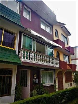 Casa En Venta Coyoacan , Casa En Venta Ctm Culhuacan, Casa En Venta En Andador 5 Recamaras, 3 Baños