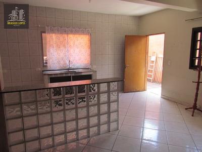 Casa Para Aluguel, 2 Dormitórios, Ipiranga - M1595