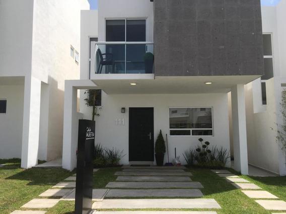 Casa En Venta En El Refugio, Queretaro, Rah-mx-21-153