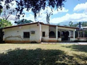 Casa En Venta En La Viña Valencia 19-17685 Valgo