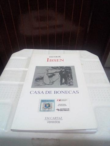 Livro Casa De Bonecas