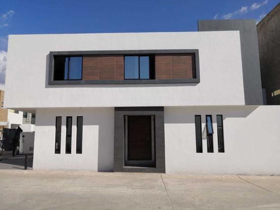 Casa Nueva, Praderas Del Centinela, Zapopan, Jalisco