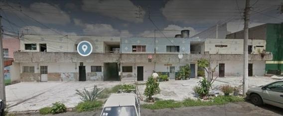 Edifcio En Venta (vecinda), Guadalajara, Jalisco En Agustín Basave
