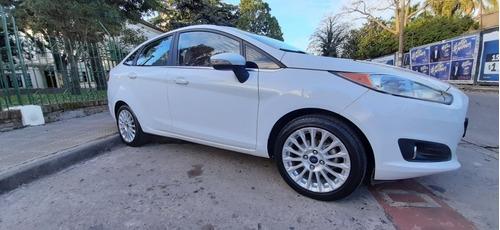 Ford Fiesta Kinetic Design 1.6 Sedan Titanium Powershift