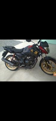 Dafra Apache 150