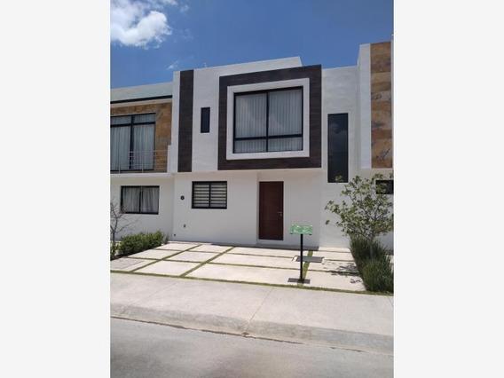 Casa Sola En Renta Los Robles Iii