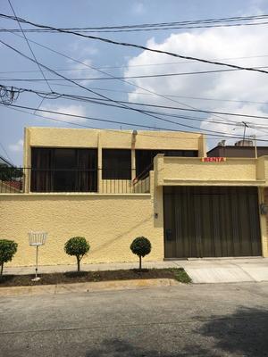 Renta Casa Sola Con 4 Recamaras Garage 4 Autos Y Con Oficina
