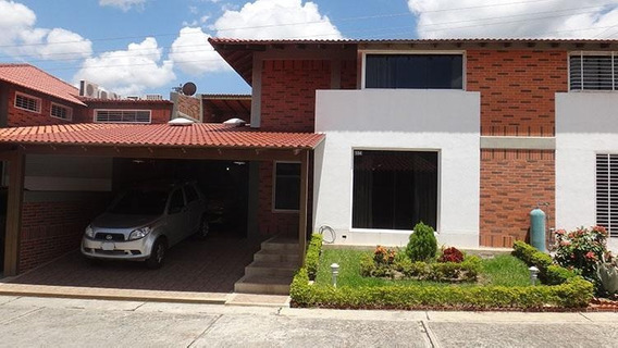 Casa En Venta Guatire Kl Mls #20-886