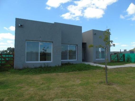 Casa En Alquiler Ubicado En San Ramón, Pilar Del Este