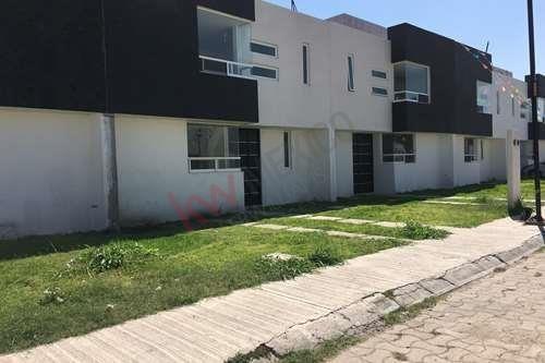 Venta De Casa En Residencial Las Trojes Corregidora Querétaro