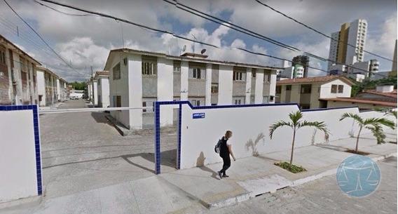 (8859) Apartamento Em Capim Macio, 1/4 - V-8859