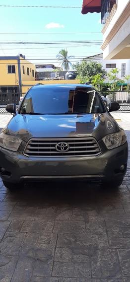 Toyota Highlander Americana