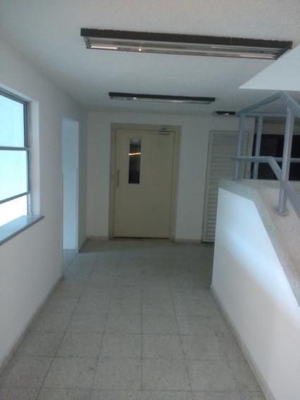 Clinica En Bogota Arriendo 1700 Mts, 2 Salas, Y Ascensor.