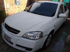 Chevrolet Astra Motor 2.4 2005 Blanco 4 Puertas Automatico