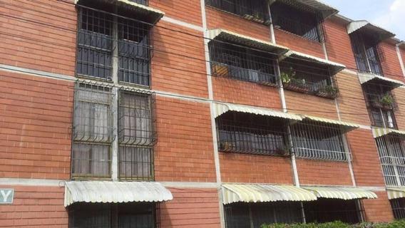 Cam Mls #20-90 Apartamento En Venta.las Rosas,guatire