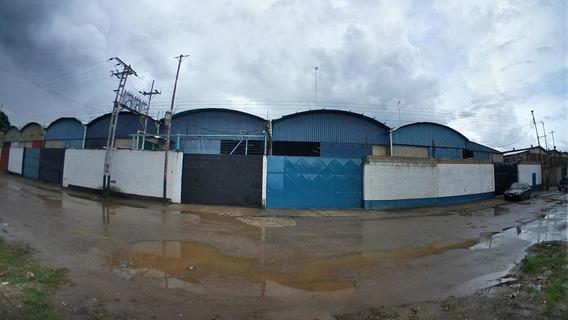 Comercial En Alquiler En Liz. Alvarado Valencia 20-12877 Gav