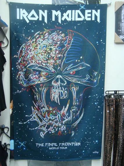 Bandeira Iron Maiden - The Final Frontier World Tour
