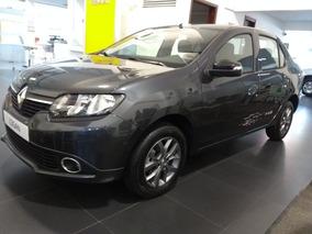 Renault Logan Life + Polar
