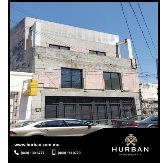 Hurban Vende Edificio, Con Roof Garden En El Centro.