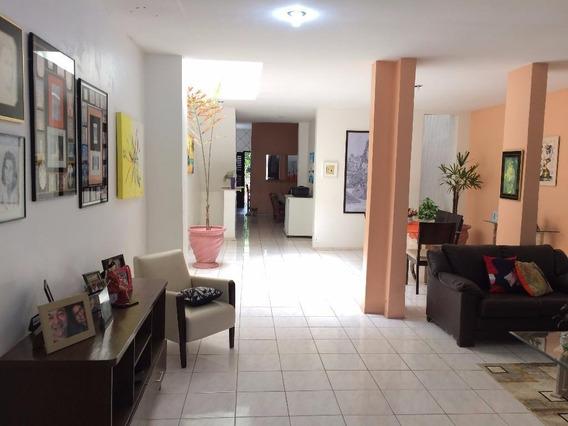 Casa Residencial À Venda, Fátima, Fortaleza. - Ca0819