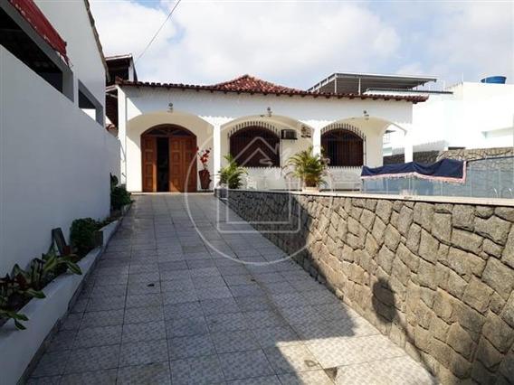 Casa - Ref: 826719