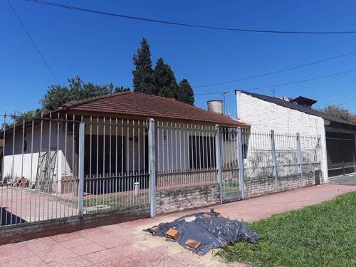 Imagen 1 de 14 de Casa En Longchamps 3 Amb Con Escritura A Cuadras De Espora