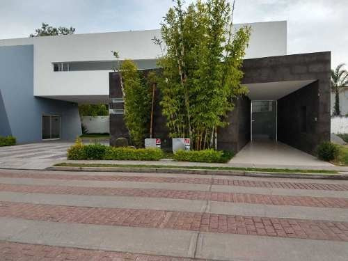 Casa En Renta Riveras Del Campestre Celaya Gto.