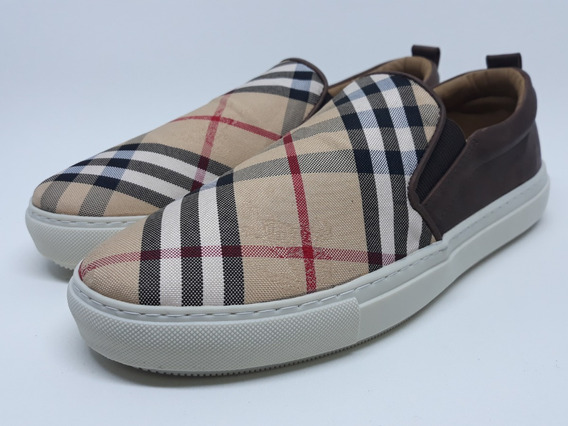Sapatênis Slip On Burberry Black Friday 2019