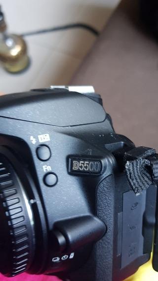 Camera Nikon 5500 (profissional, Semi Nova) Com Acessórios
