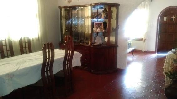Casa En La Urb. La Viña, Valencia. Cod: Lemc-264